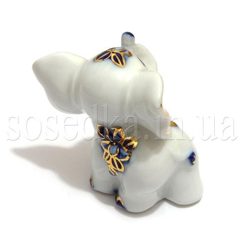 Фарфоровый слоник вид сзади