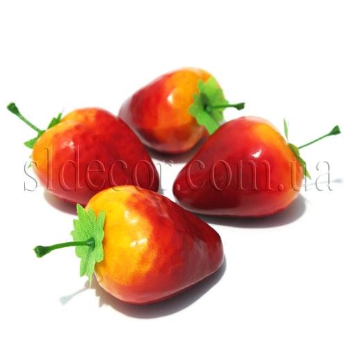 Искусственные ягоды клубники