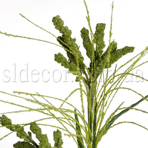 Зеленая травка в горшочке