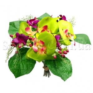 Букет с искусственными орхидеями