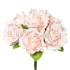 Букет из семи роз