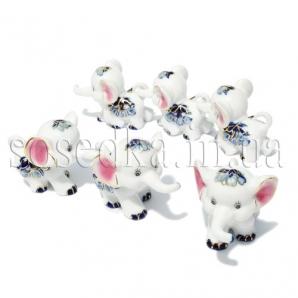 Фарфоровые слоники